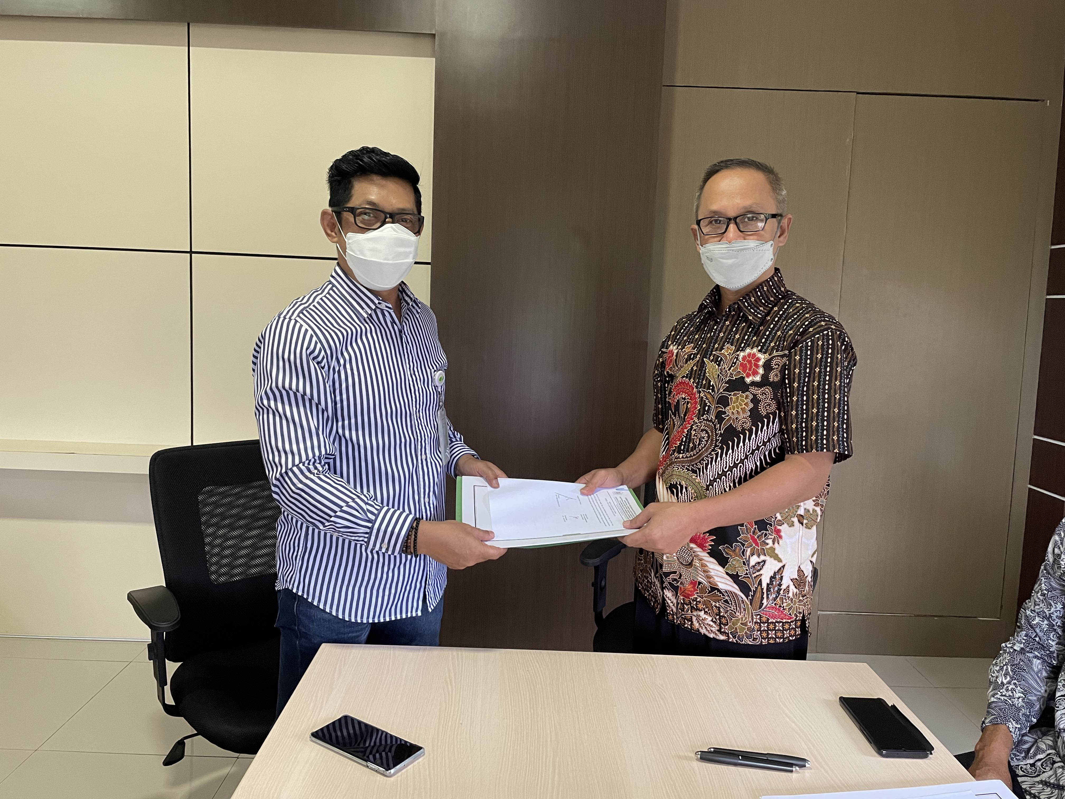 Penandatanganan BAST Pengembalian Piutang BPJS TK Palopo