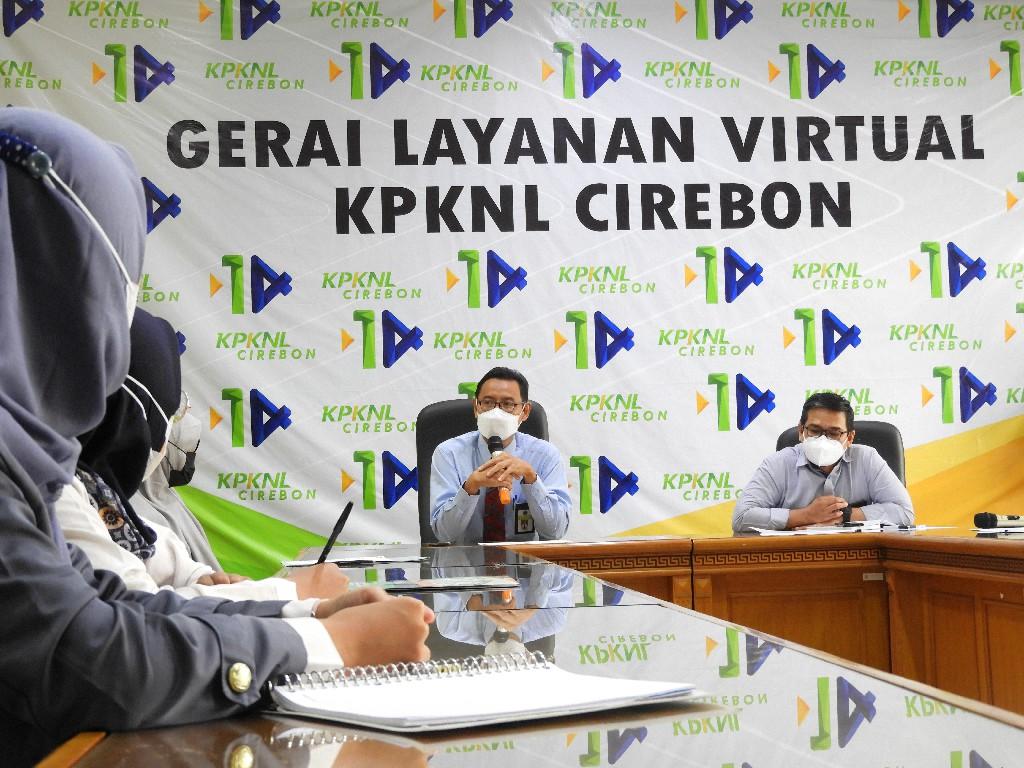 KPKNL Cirebon Beri Arahan Mahasiswa, Kepala KPKNL: Berikan Manfaat Bagi Masyarakat, Bersosialisasi Dengan Dunia Kerja
