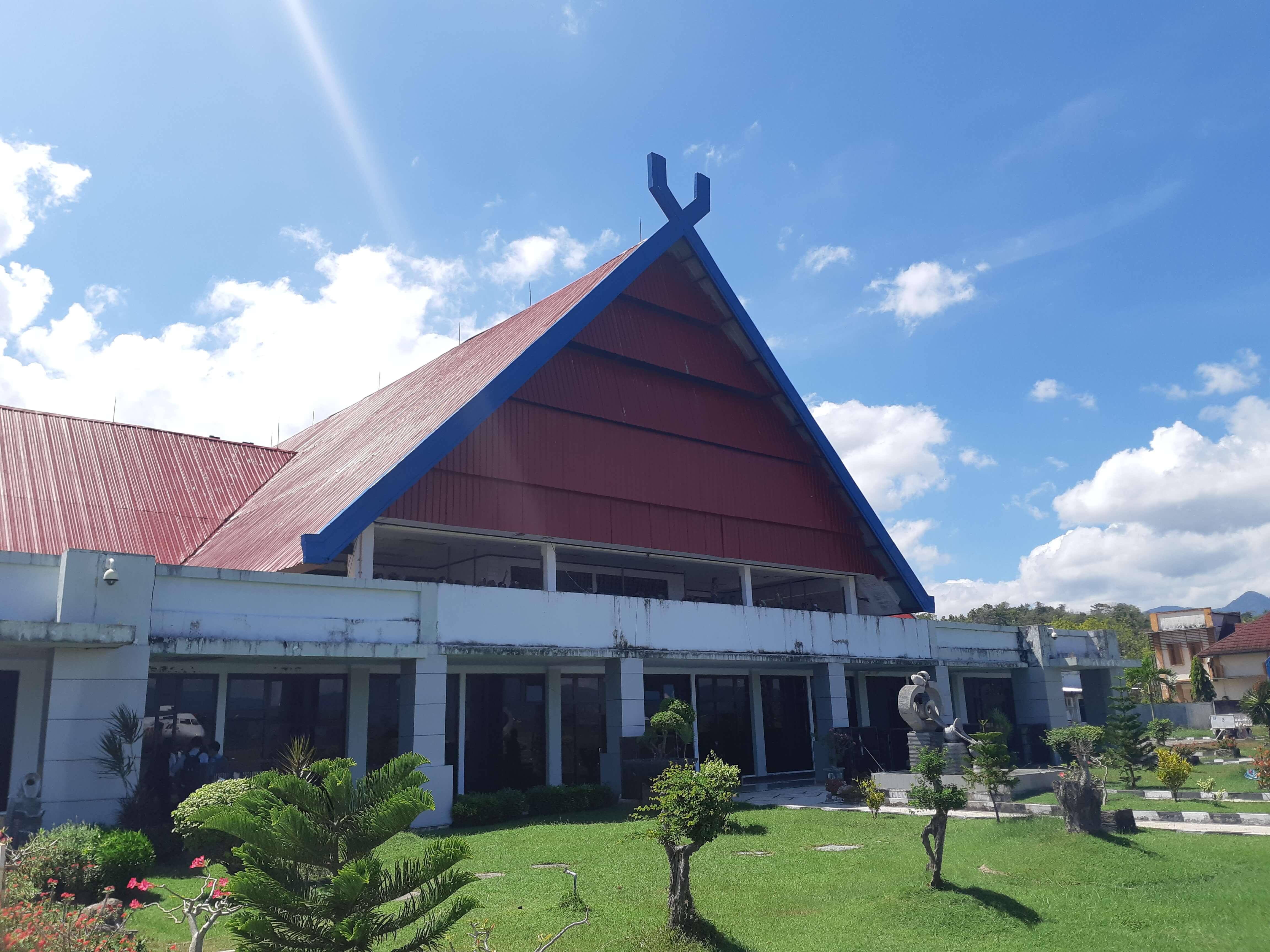Animo Peserta Lelang Bangunan Gedung Bandara Sultan Muhammad Salahuddin Bima Tinggi, Kenaikan Nilai Lelang Capai 640%