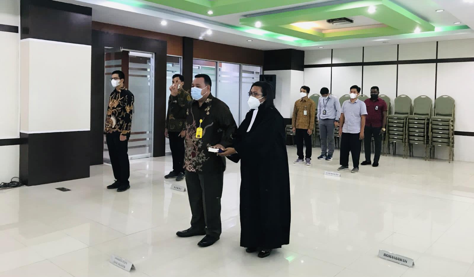Pelantikan dan pengambilan sumpah anggota Panitia Urusan Piutang Negara (PUPN) Cabang Maluku