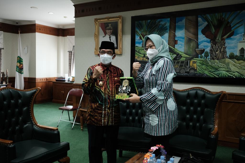 Kunjungan Kepala Kantor Wilayah DJKN Kalimantan Timur dan Utara ke Kabupaten Kutai Timur