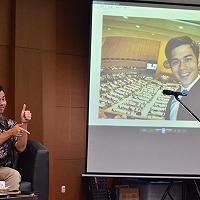 Penerjemah Presiden RI dan Aktivis Difabel Berbagi Cerita