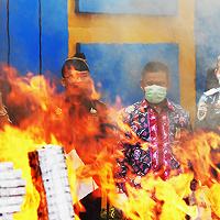 Disetujui KPKNL, Bea dan Cukai Bengkulu Musnahkan BMN Senilai Rp346,69 Juta