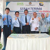 KPKNL Metro Hibahkan Aset Idle kepada KP2KP Sukadana