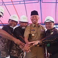 Walikota Ternate Pimpin Peletakan Batu Pertama Pembangunan Gedung KPKNL Ternate Berkonsep Open Space
