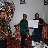 Tingkatkan Pelayanan kepada Masyarakat,  Kanwil DJKN Bali Nusra – Pemkab Bulelang Lakukan Serah Terima Aset