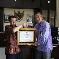 Penilaian dan Pelelangan Sukses, KPKNL Pematangsiantar terima Piagam Apresiasi dari Pemkab Tobasa