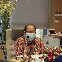 Wakili Menkeu, Dirjen KN Serahkan KMK Pengangkatan Dewan Direktur Baru LPEI