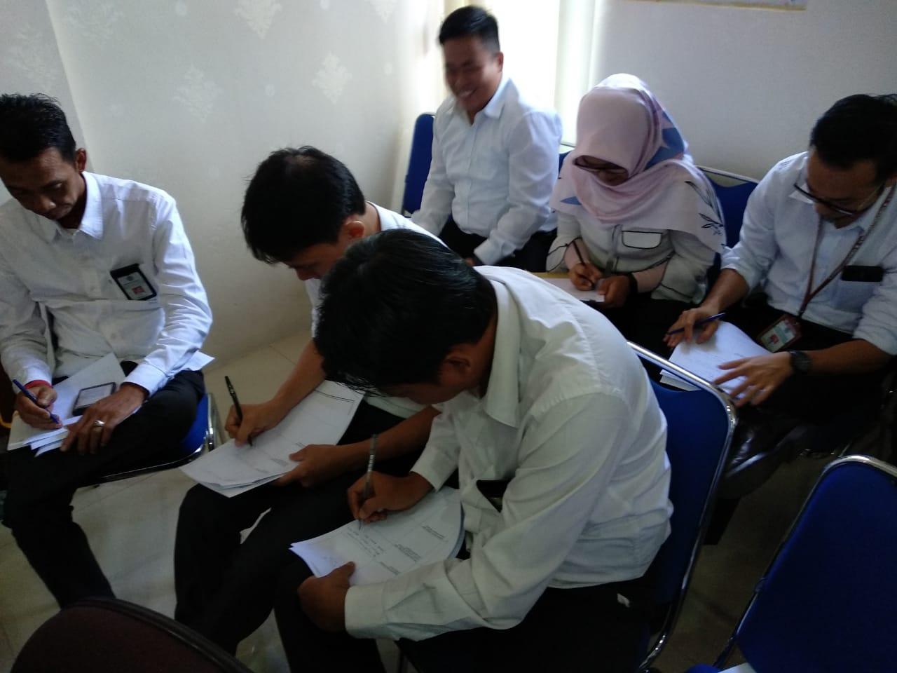 Pre-Test dan Post-Test PUG pada KPKNL Bandar Lampung: Selain Pegawai, juga Diikuti Honorer dan Satpam